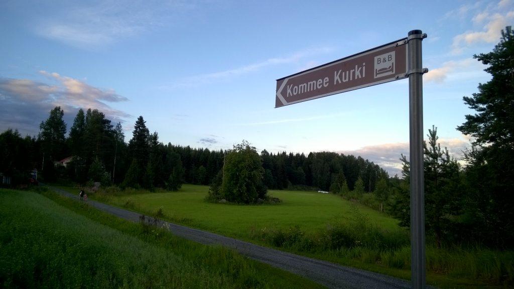 The driveway to Kommee Kurki.